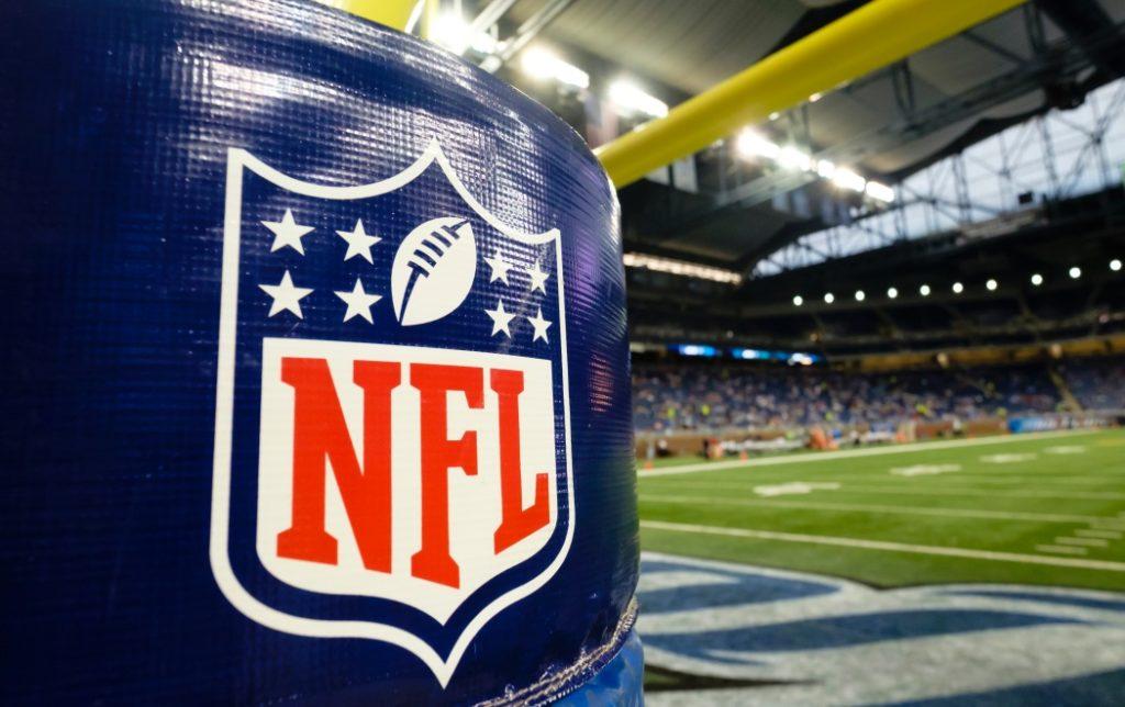 การแข่งขันอเมริกันฟุตบอล NFL