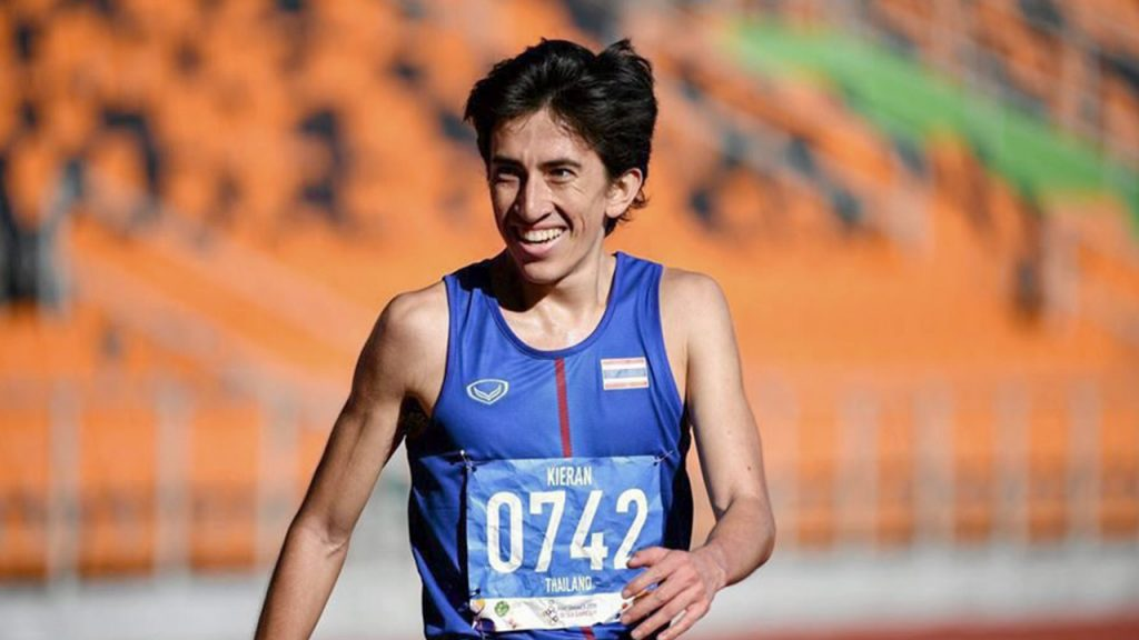 นักกีฬาวิ่ง คิริน ตันติเวทย์  ระยะเวลาต่ำกว่า 30 นาที